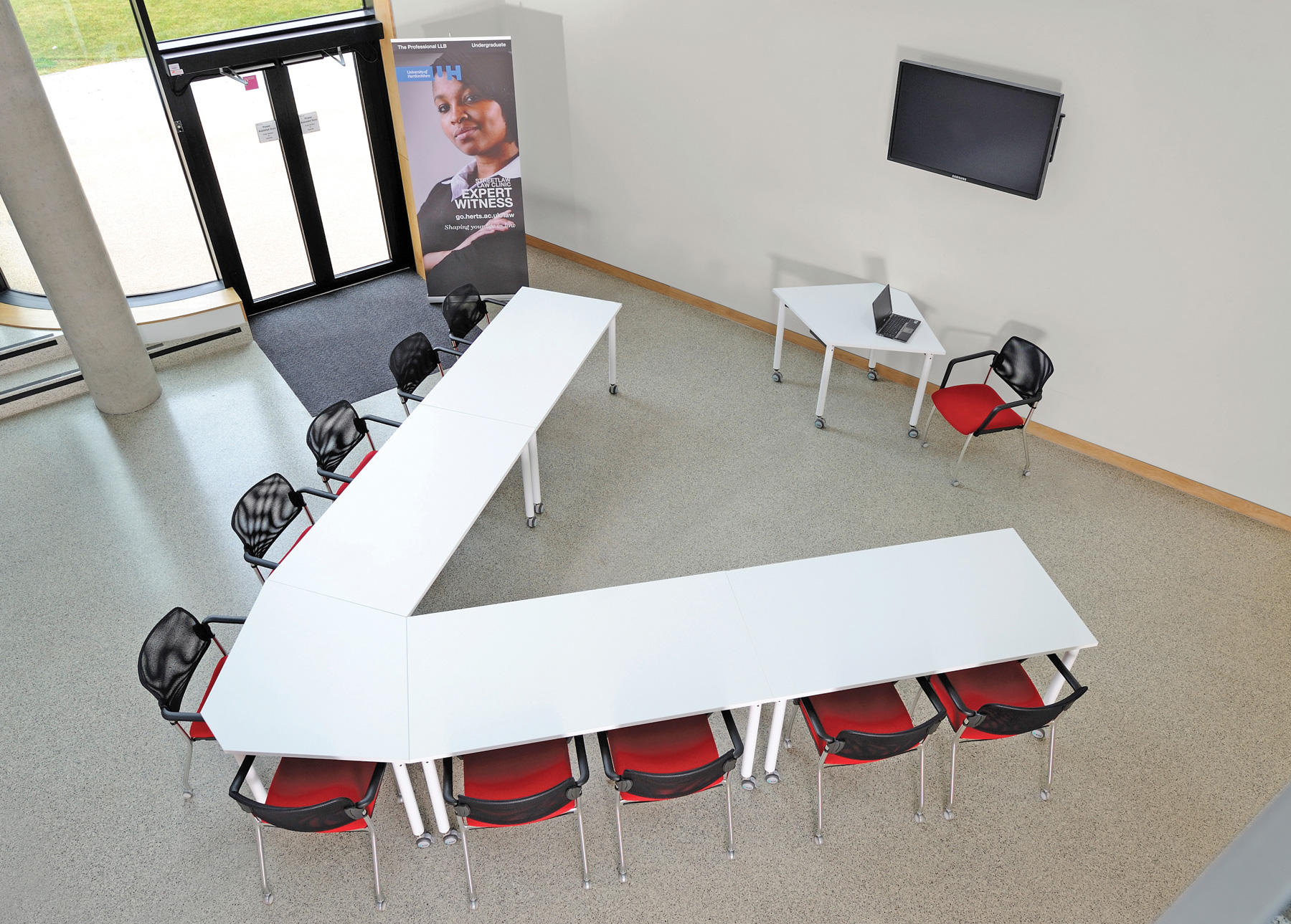 Muzo Kite 750 Series Mobile Tables for Flexible Library Spaces