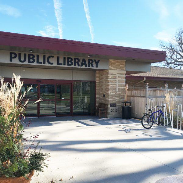 Schreiner_Memorial Library_Main-Entrance-w-Bike-Rack