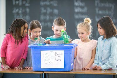 5_earthday_activities_kids_recycle