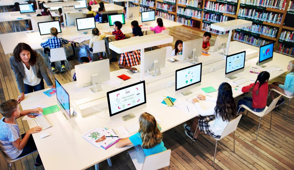 10 Ways For Librarians to Promote Digital Literacy
