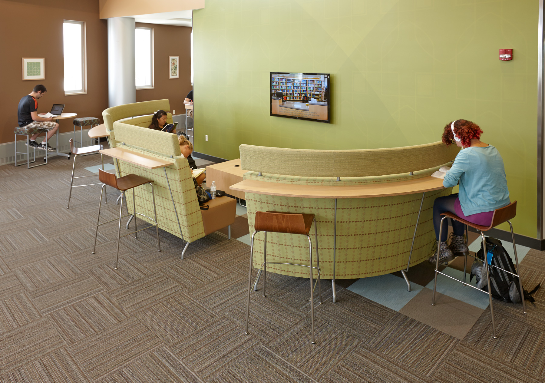 Madison College WI Arcadia Intima Seating Coupled With Allermuir Scoop Stools Create A Unique Comfortable Study Space For Students