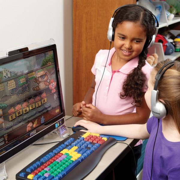 Kids @ Computer