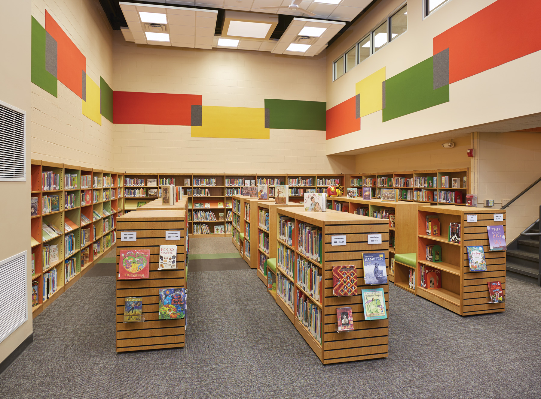 ColorScape shelving with integrated seating incorporates display into shelving as well as slatwall end panels. & Library Decorating Ideas u2014 Abraham Lincoln Elementary School