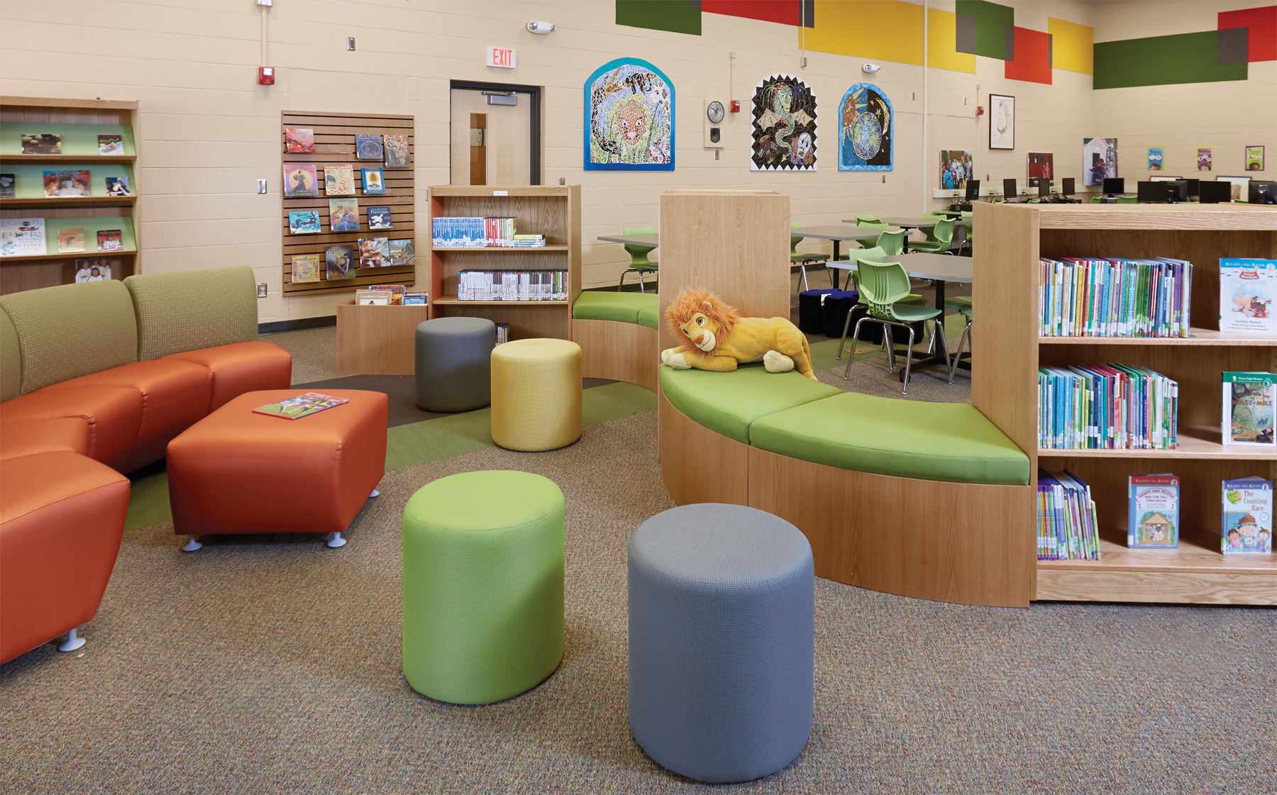 A variety of seating options fill this reading nook including Encore armless lounge seating JSI Totem pods and Demcou0027s ColorScape Benches integrated ... : elementary library decorating ideas - www.pureclipart.com