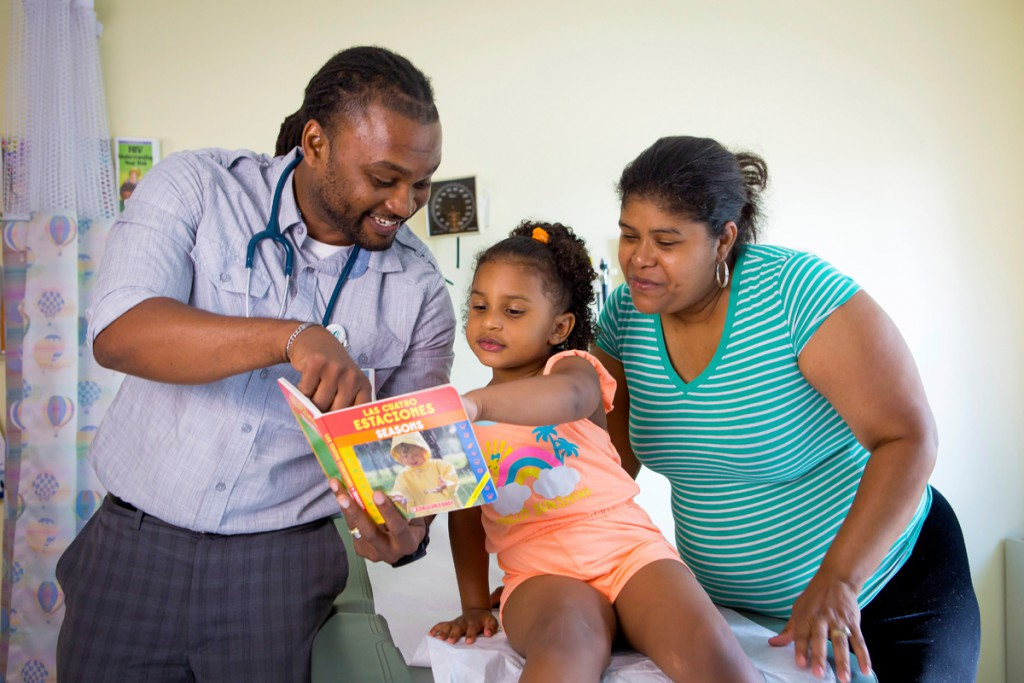 How Reach Out and Read and Libraries Can Team Up to Boost Early Literacy