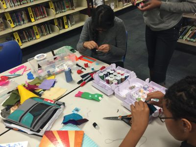 photo1_students_circuit_bracelets